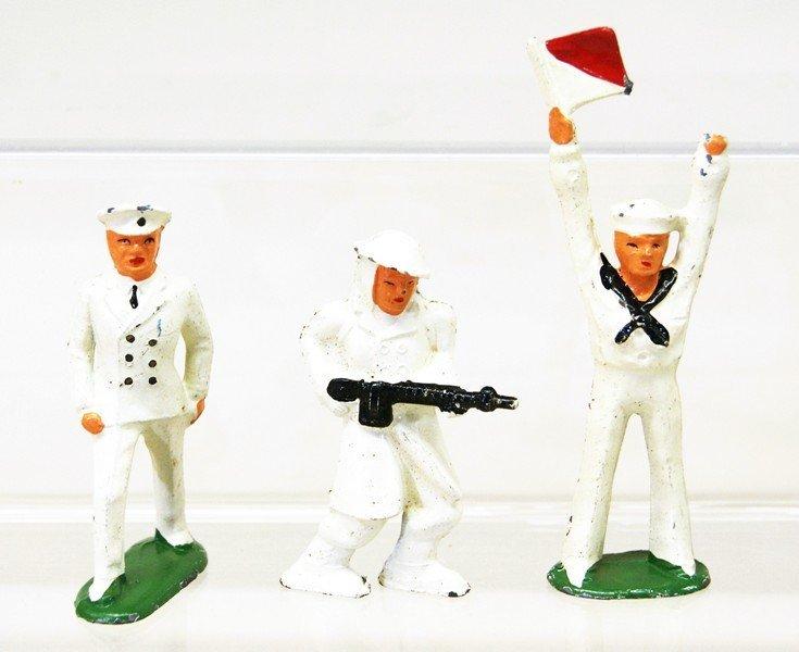 Twelve Cast Lead Soldiers and Nurses - 5