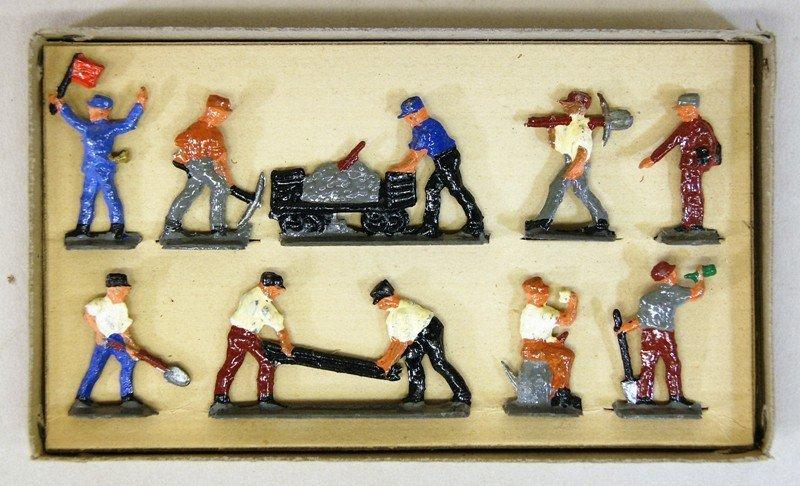 Joseph Gray Figures in Original Box - 3