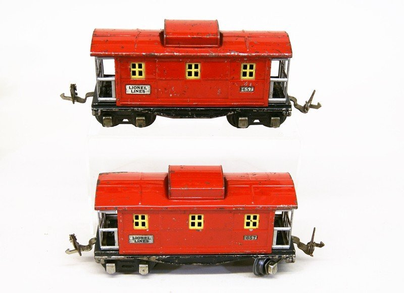 Lionel Pre-war Passenger Cars and Cabooses - 6
