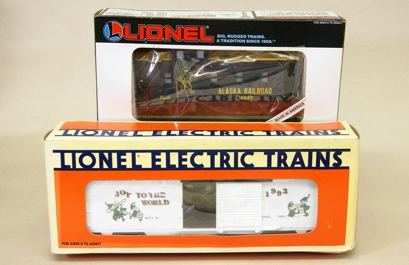 Lionel Modern Era Alaska SD-9 with Boxcar and Caboose - 3
