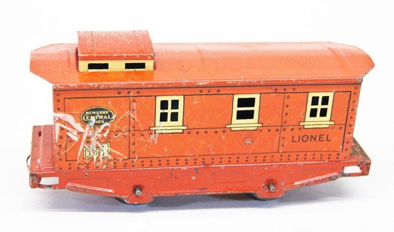 Very Early Lionel Freight Set with 152 Engine - 7