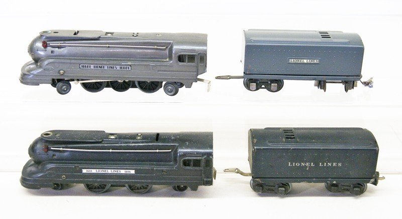 Pair of Lionel Pre-war Engines with Tenders, 1668 and