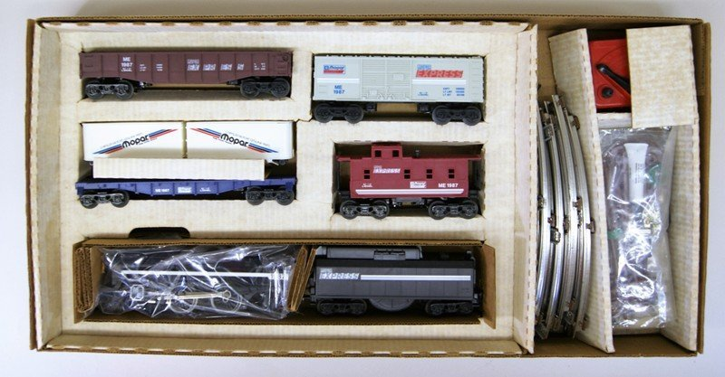 Lionel Mopar Express Train Set in Original Box
