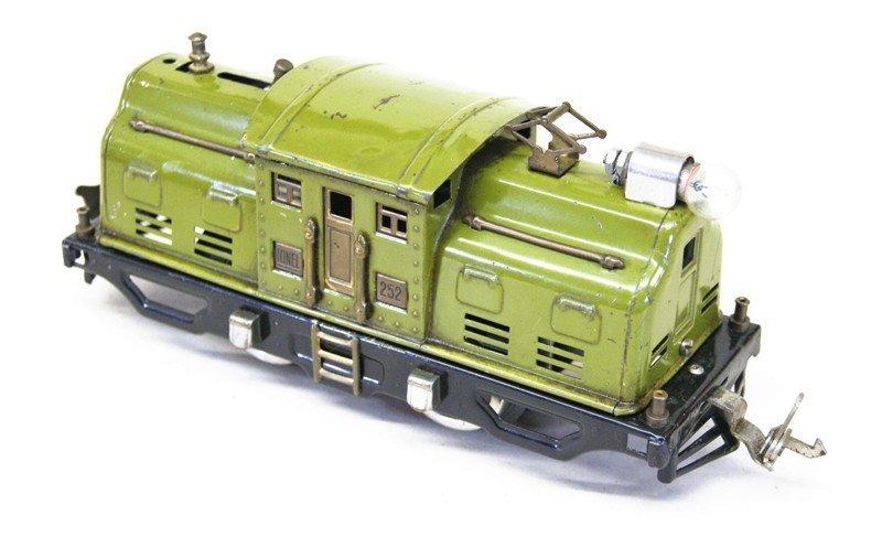 Lionel Pre-war 252 Tug-of-war Set - 2