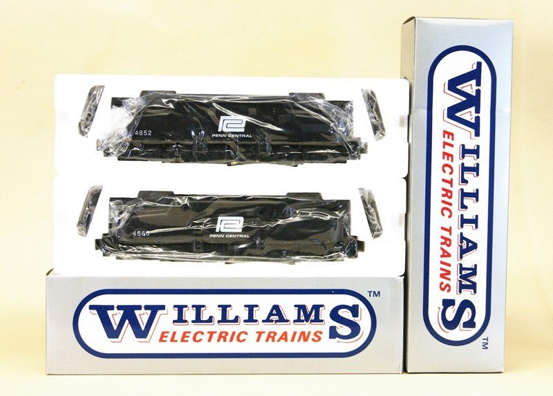 Pair of Williams GG-44, 4852 and 4865