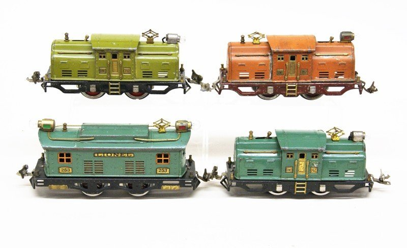 Lot of Four Lionel Pre-war Electric Engines