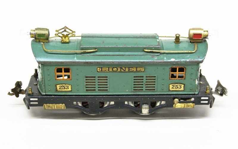 Lot of Four Lionel Pre-war Electric Engines - 2