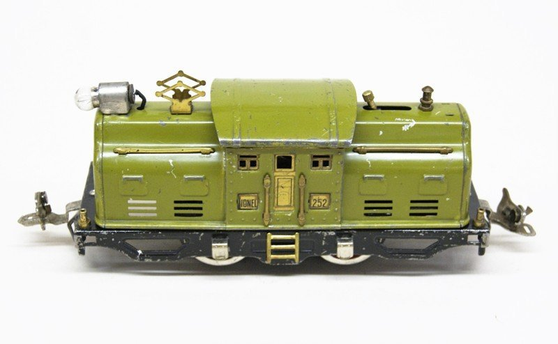 Lot of Four Lionel Pre-war Electric Engines - 3