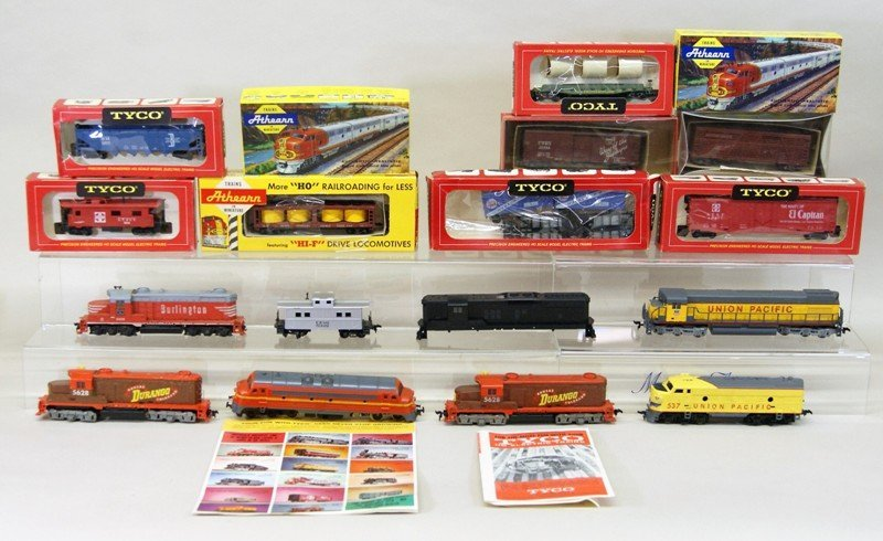 Large Lot of HO Engines and Freight Cars Eighteen