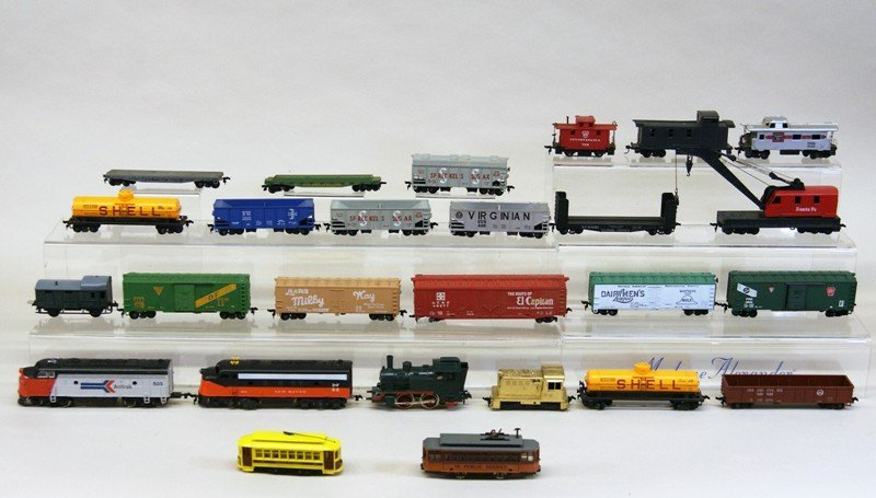 Lot of Twenty-six HO Pieces, Engines, Trolleys, Freight