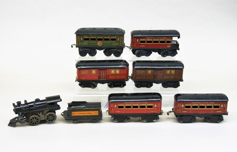Mixture of American Flyer and Ives O Gauge