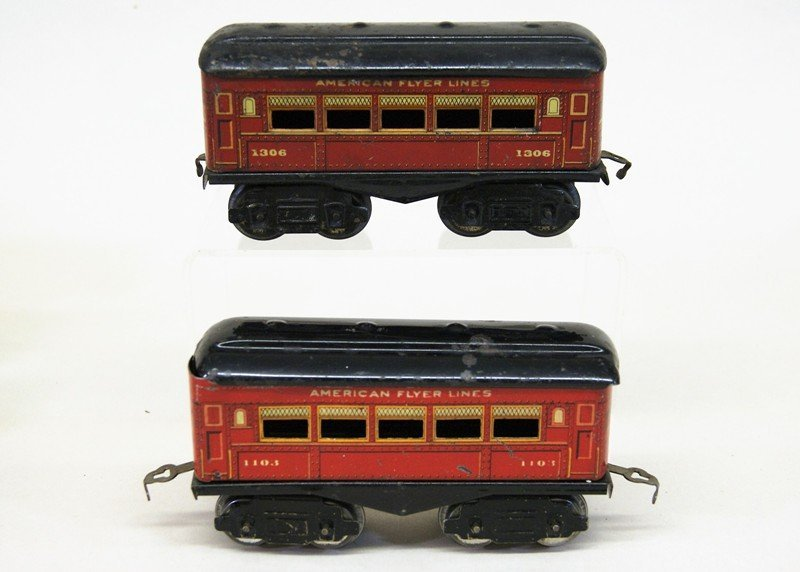 Mixture of American Flyer and Ives O Gauge - 3