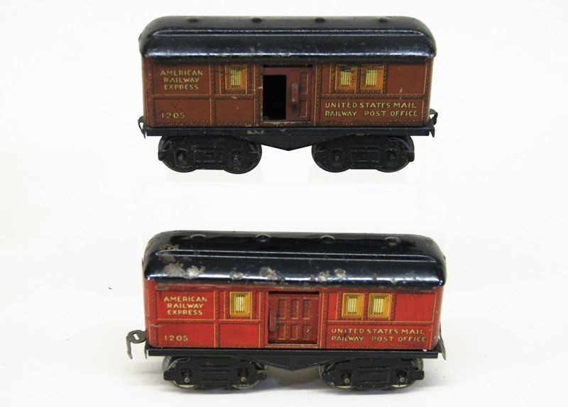 Mixture of American Flyer and Ives O Gauge - 4