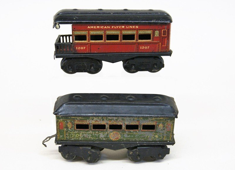 Mixture of American Flyer and Ives O Gauge - 5