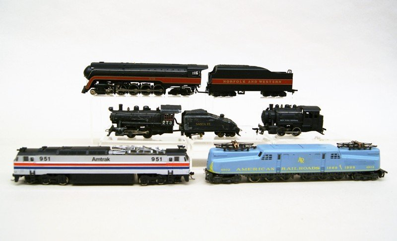 Lot of Five HO Engines, Diesel and Steam