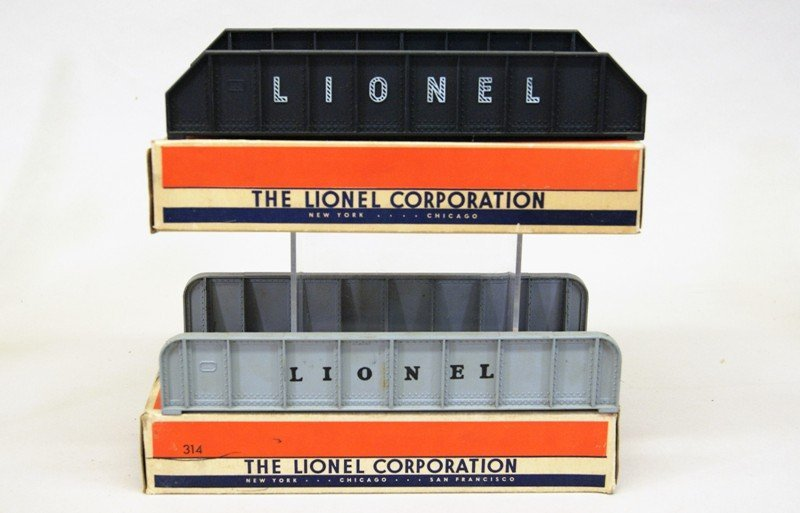 Lionel Accessory Lot, Crossing Gates, Signals, Bridges, - 3