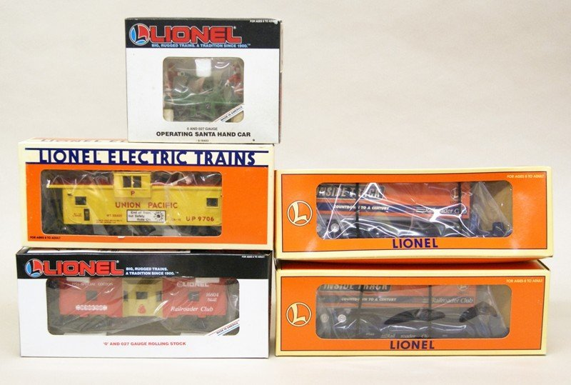 Lionel Five Pieces Freight Cars
