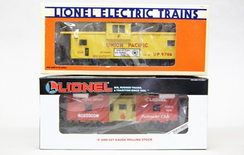 Lionel Five Pieces Freight Cars - 3