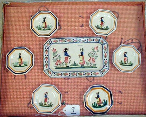 9: Quimper Tea set in box. Platter with 6 plates