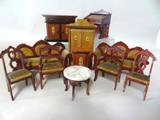 Schneegass Parlor Furniture