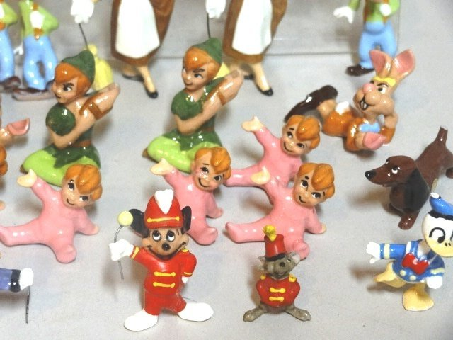 Miniature Disney Production Porcelain Figures - 3