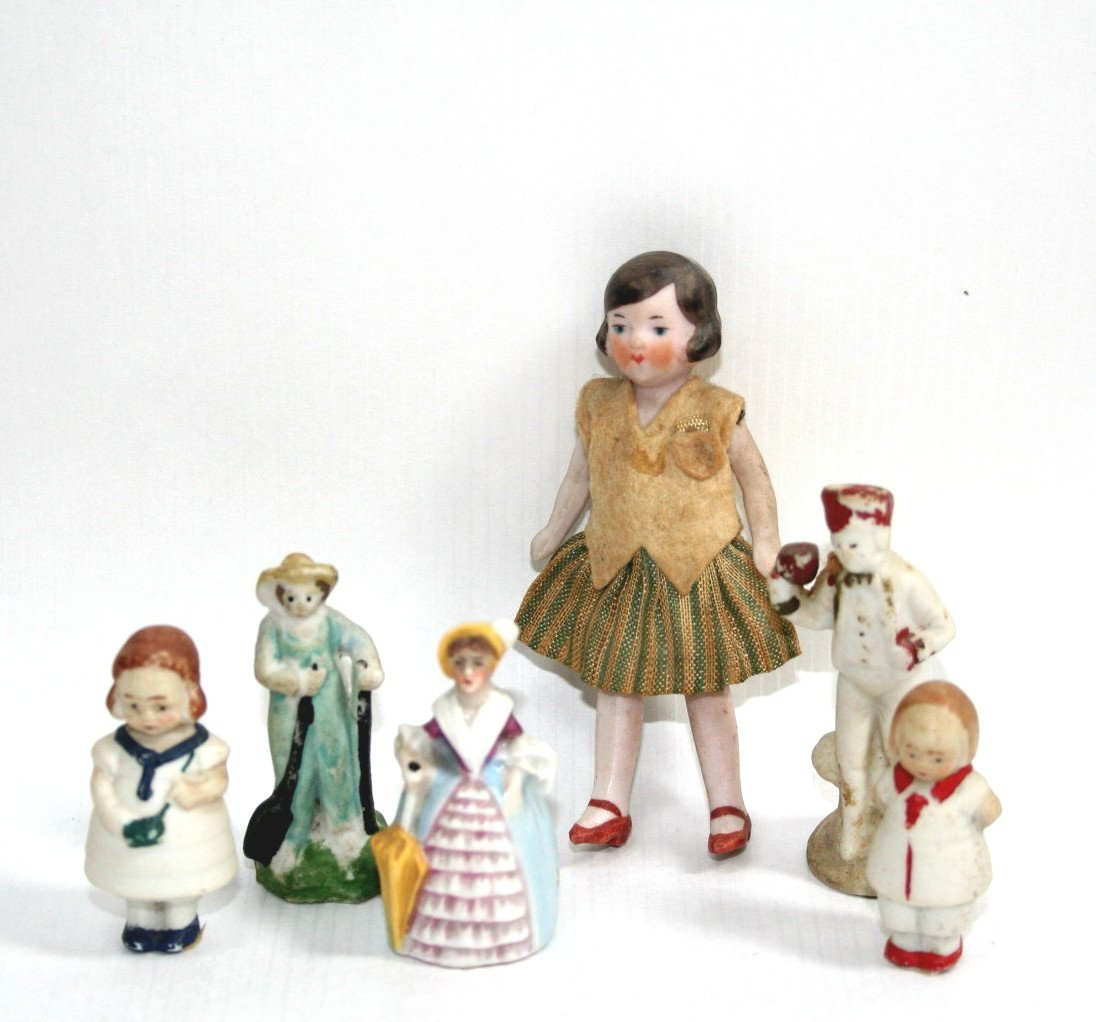 Hertwig Girl and Figurines