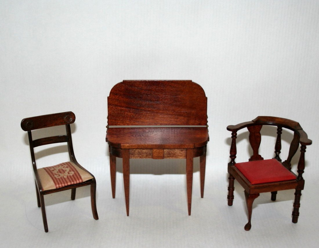 Chestnut Hill Card Table and Chairs