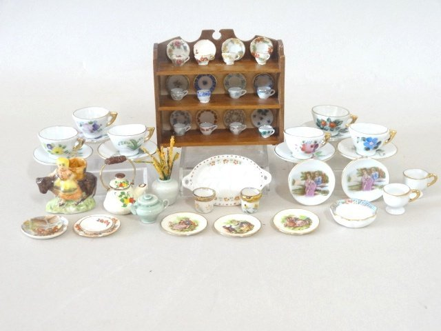 Dollhouse Miniature Dish Collection
