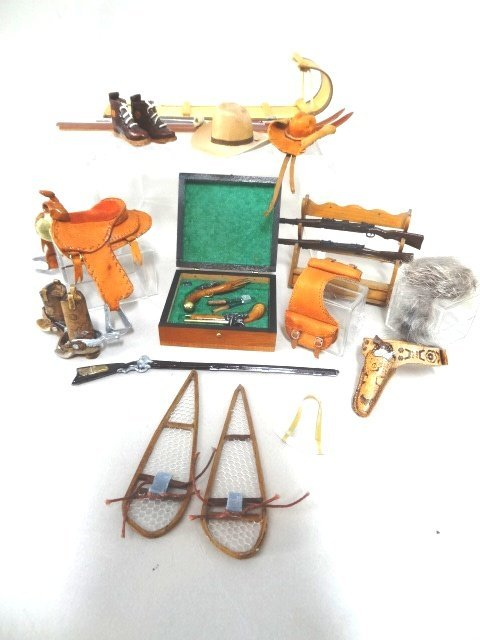 Dollhouse Miniature Dueling Set & Mens Accessories