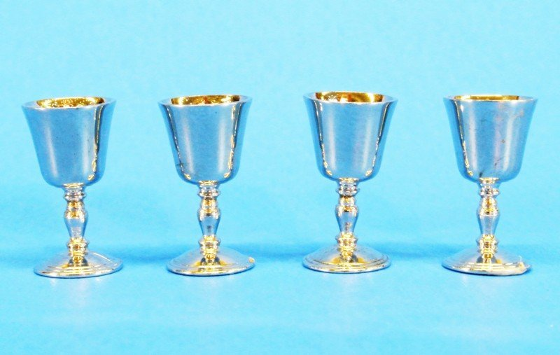 Group I.C. Miniature Silver - 4