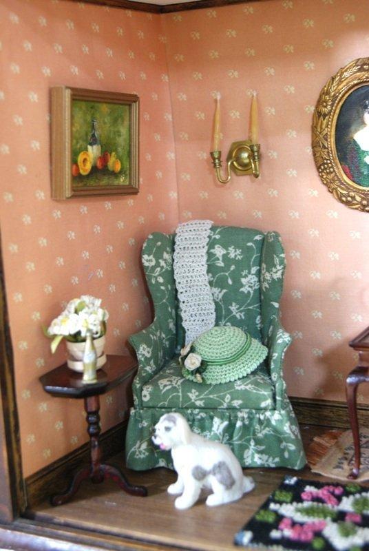 Fancy Clock Box w/Furniture - 3