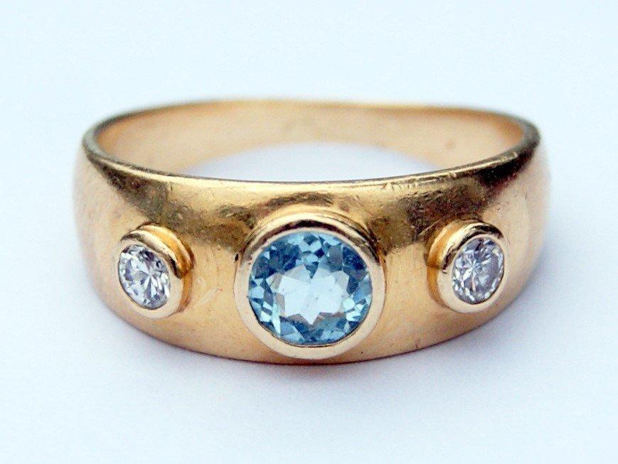 Aquamarine & Diamond Gypsy Ring