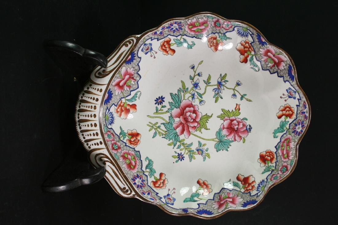 Hand Painted Famille Rose Porcelain Plate