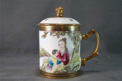 Chinese Gilt Enamel Porcelain Teacup and Cover