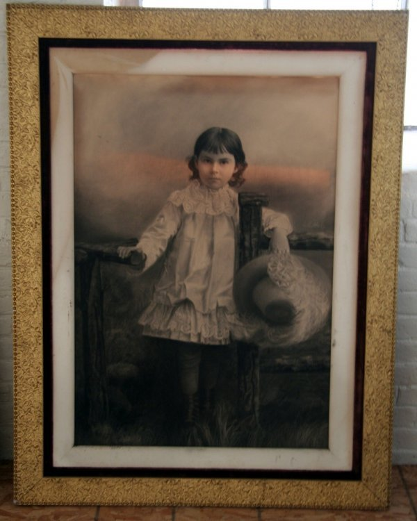 14: Large Period Victorian Frame
