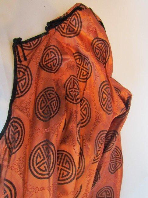 45: Antique Men's Silk Robe - 3