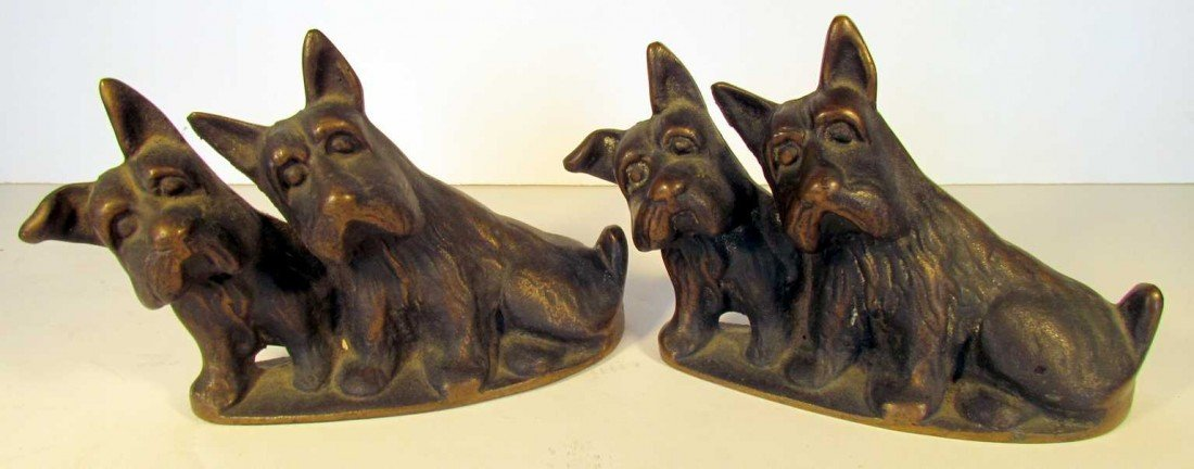 18: Scottie Dog Bookends