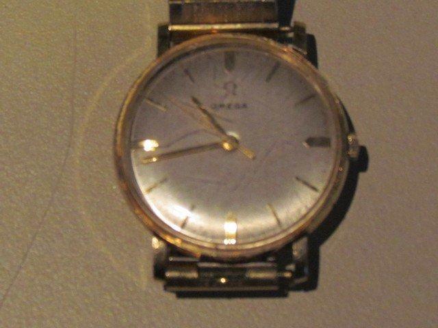 19C: Omega Gold Man's Wristwatch