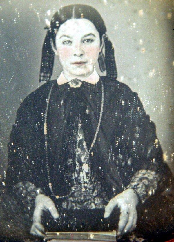 5: Daguerreotype of a Girl