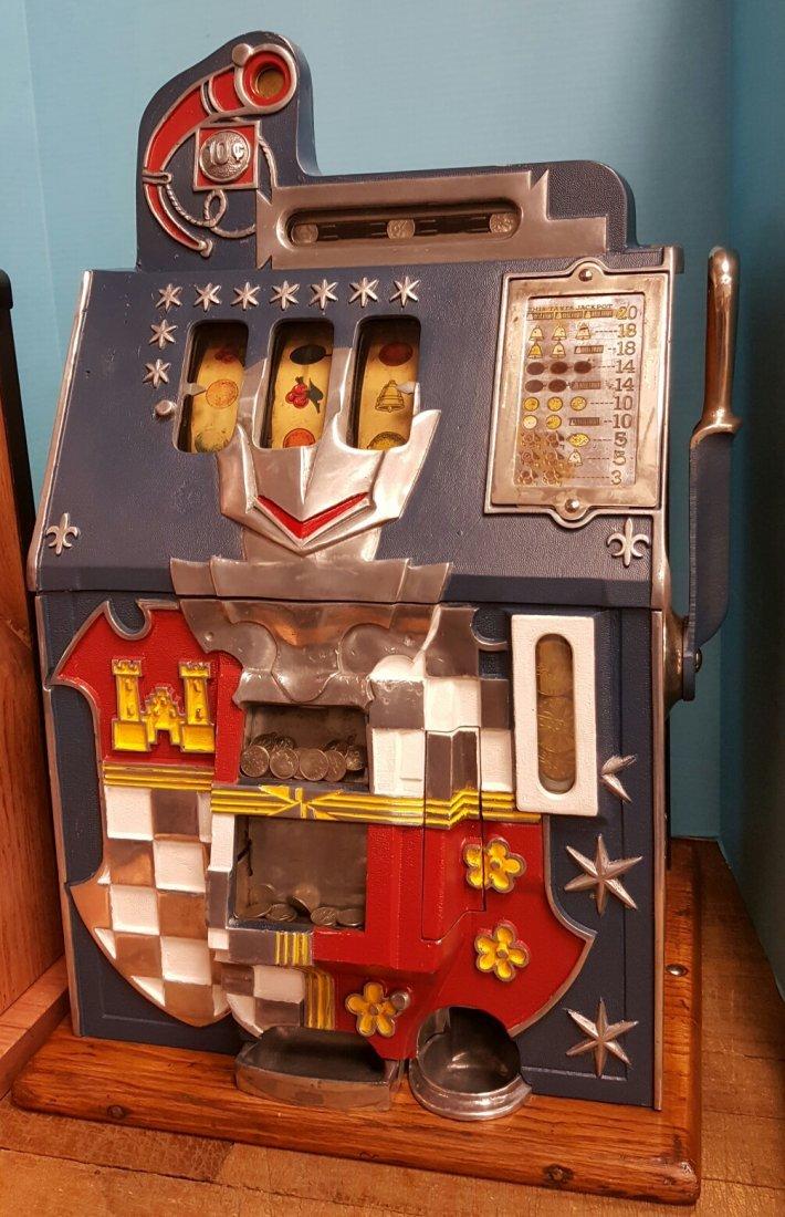 Mills 10 cent Castle Front Slot Machine