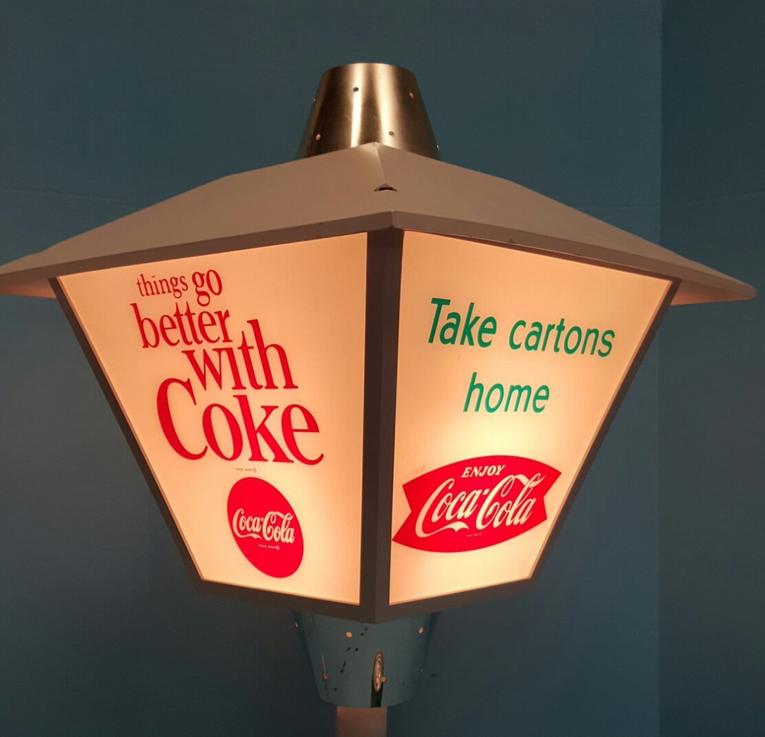 Rotating Coca Cola Light - 3