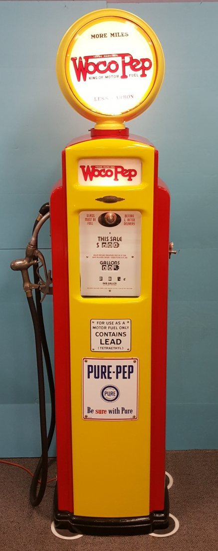 Bennett 541 Gas Pump w/original Woco Pep Globe / glass