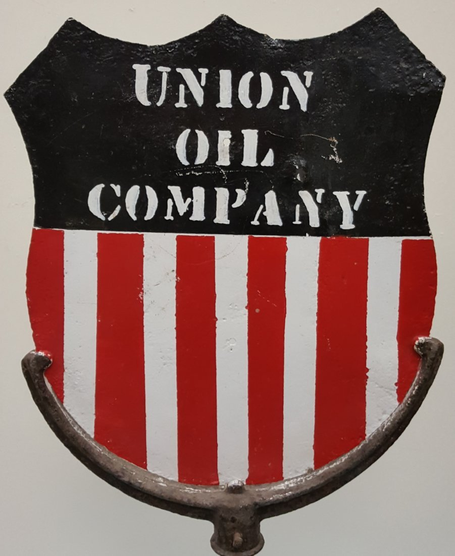 Union Oil Company Lollipop Sign - 2