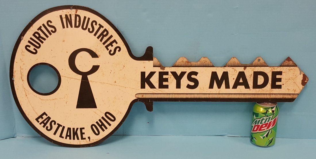 Curtis Industries Keys Made Sign