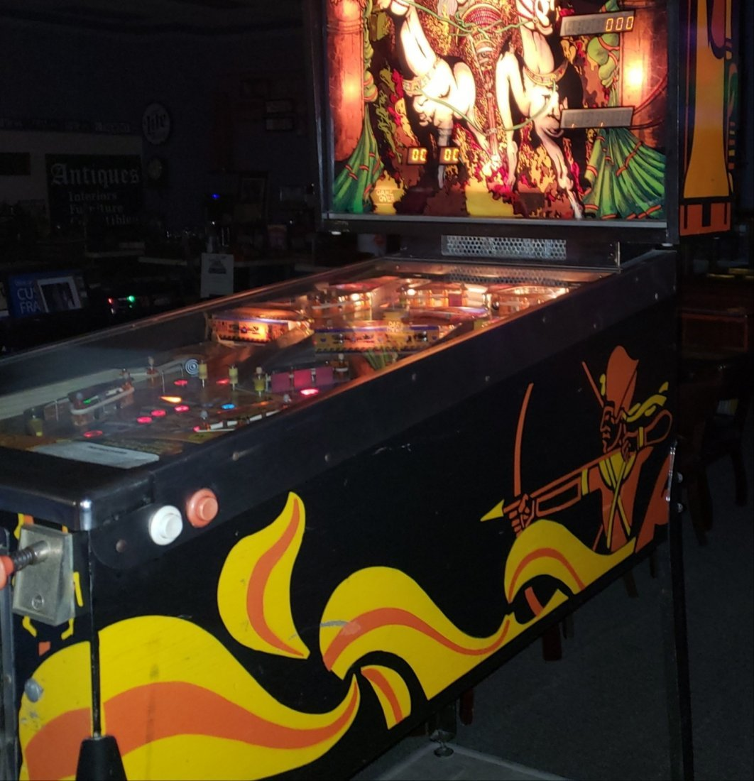 Restored Pharaoh Pinball Machine - 3