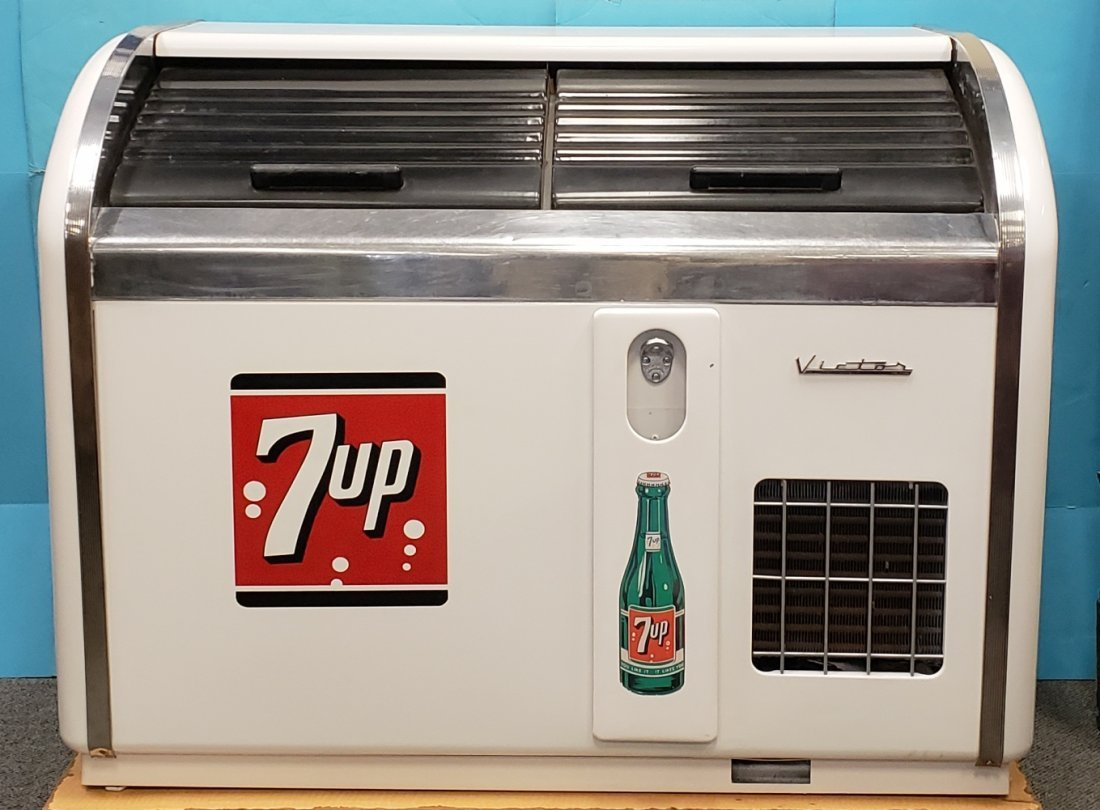 RARE Victor 2 door 7up Cooler