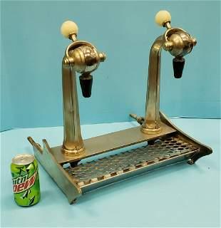Soda Fountain dispenser with handles
