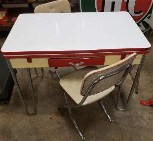 1950's Dinette Table and two chairs