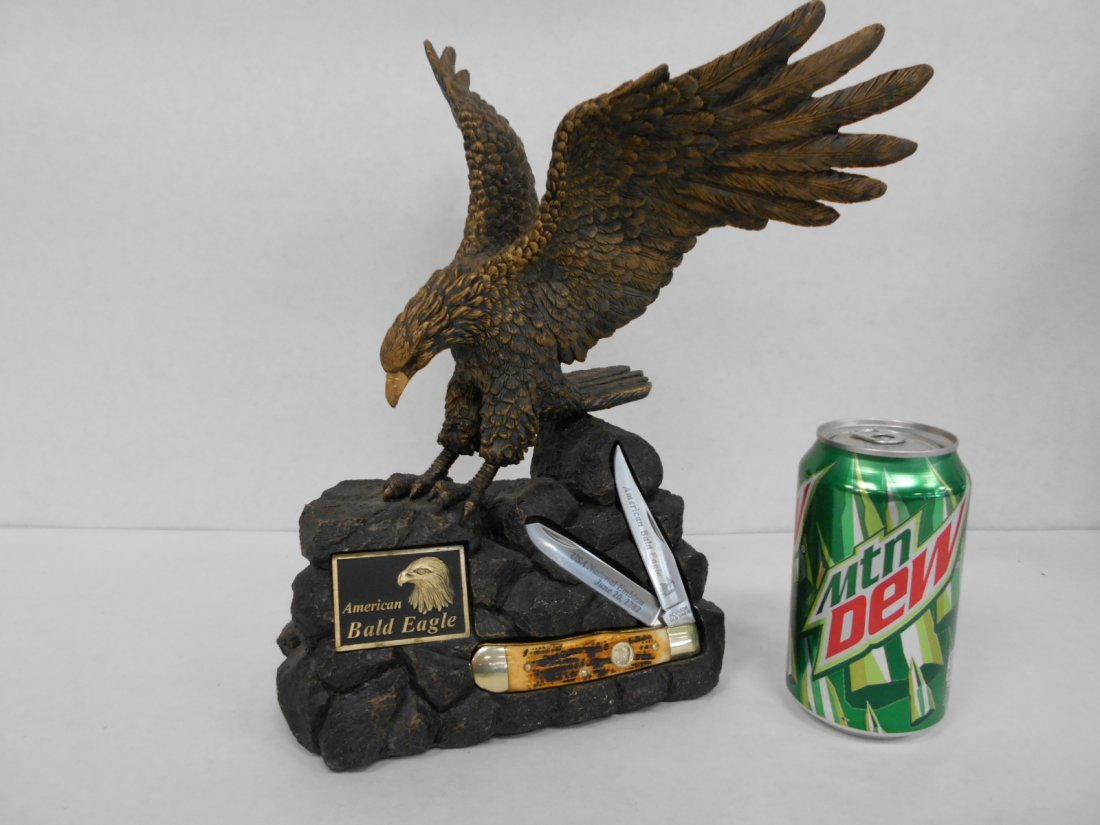 American Bald Eagle Statue & Schrade  Old Timer Knife