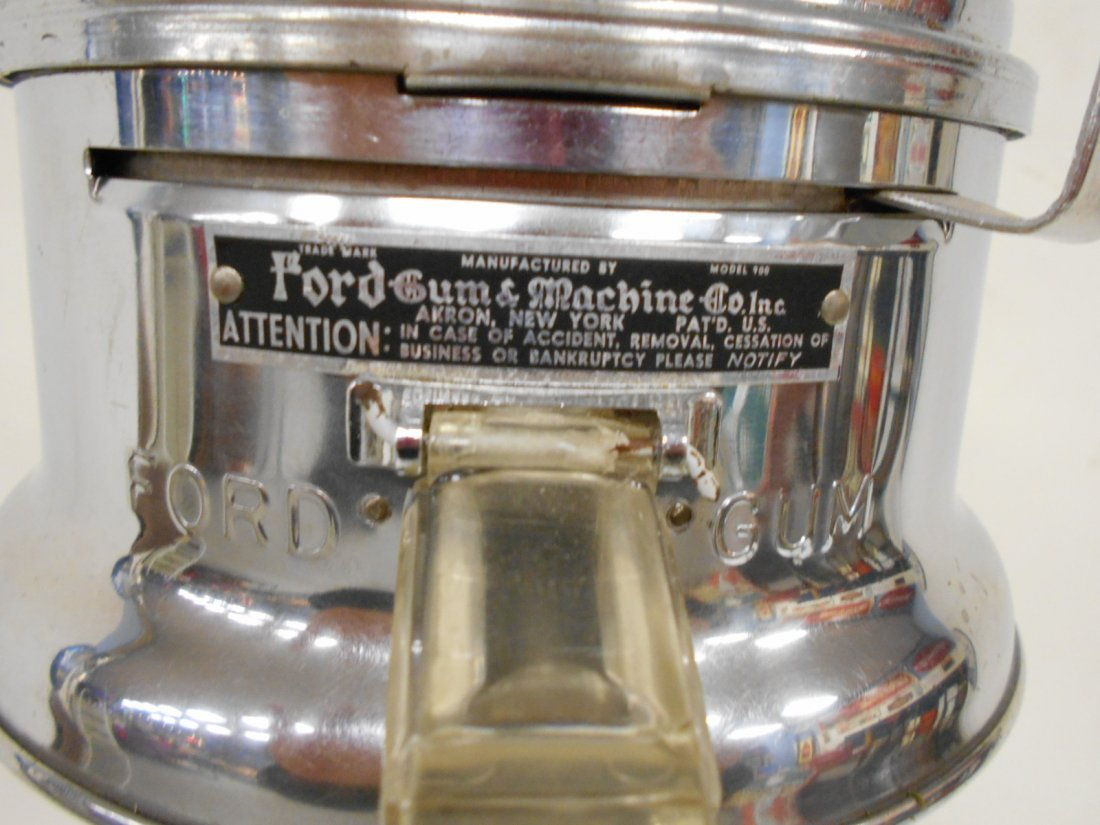 Ford bubble gum machine on deco cast iron base - 3